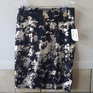 Lularoe Cassie skirt. Metallic and size XL nwt